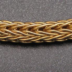 A closeup of a finished Roman Chain.