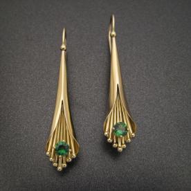 Gold earrings, hollow-formed with tsavorite garnets